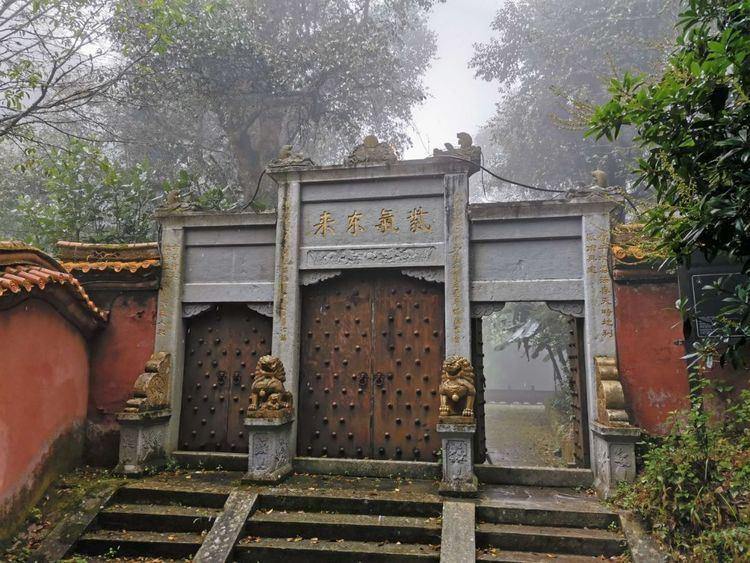 7号有几条去丽江的旅游线路。云南丽江12月旅游