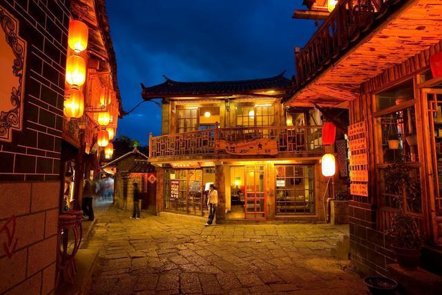 丽江旅游不容错过的十大特色美食清单