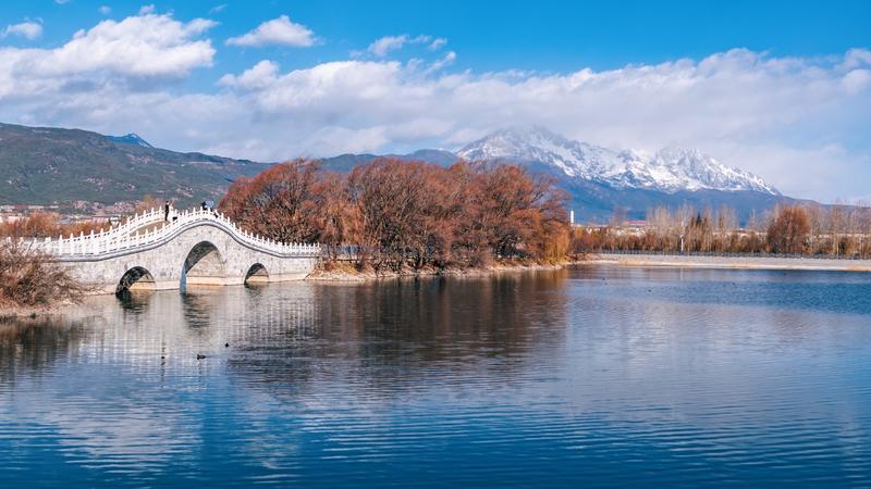 九月去丽江旅游好玩吗